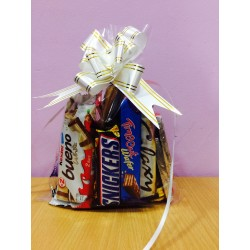 Rs. 3000 Chocolate Pouch