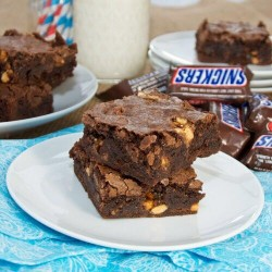 Snickers Brownie 20 Slices